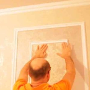 Поклейка обоев на стены своими руками